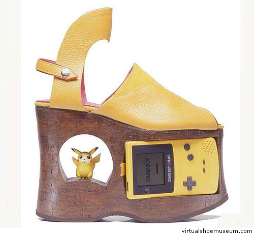 Gameboyshoe-3