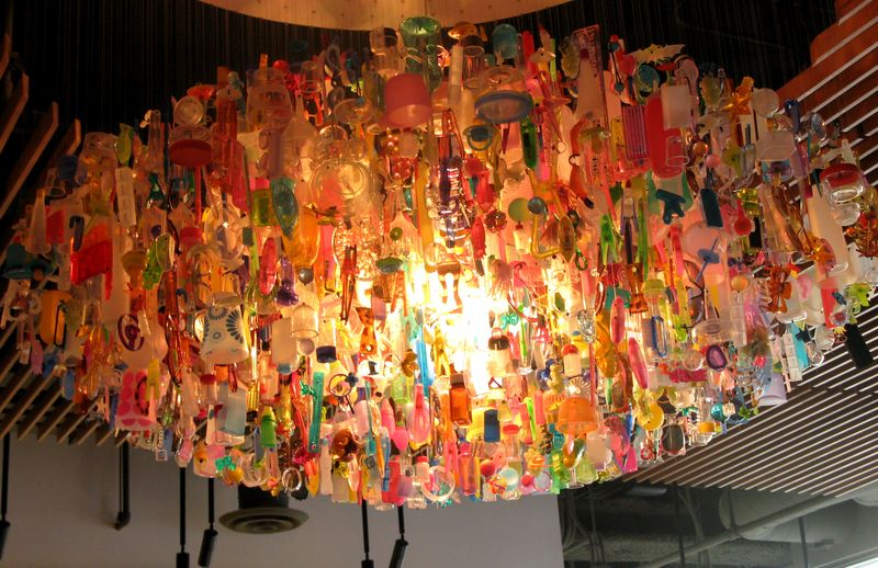 Plastic jewels chandelier